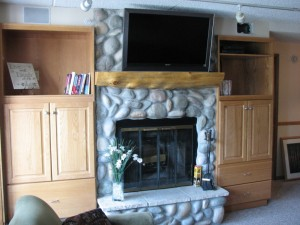 fireplace-and-tv-2-1024x768